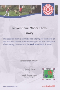Pets welcome to Penventinue Manor Farm